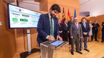 López Miras anuncia una línea de crédito de 8 millones para apoyar al sector agroalimentario