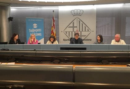 Barcelona destina 40.000 euros a familias que acojan a solicitantes de asilo en sus casas