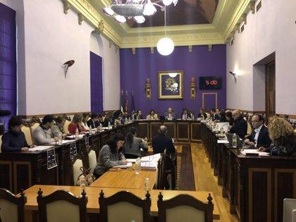 El pleno del Ayuntamiento de Jaén aprueba el cambio de nombre de la UPM añadiendo 'Alcalde Ramón Calatayud'
