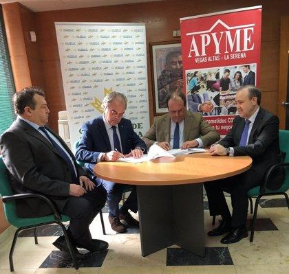 """Caja Rural de Extremadura facilitará a los socios de Apyme Vegas Altas-La Serena """"interesantes"""" productos financieros"""