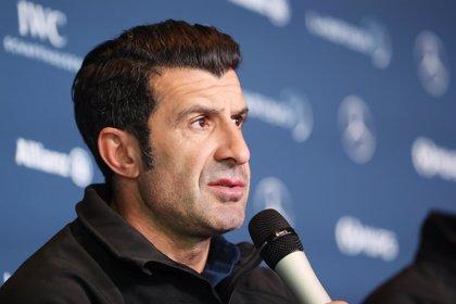 """Figo: """"Una cosa es jugar en el Tottenham y otra en el Real Madrid"""""""