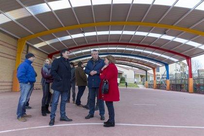 La pista polideportiva de Ajo estrena cubierta tras inversión de 87.000 euros