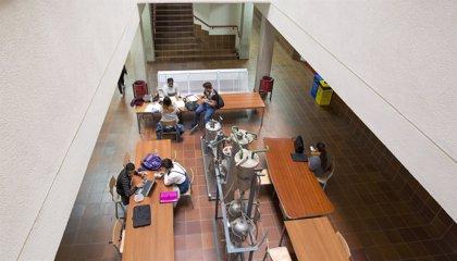 La tasa de empleo universitario ligado al nivel de cualificación no llega al 50% en Canarias, según un estudio de la ULL
