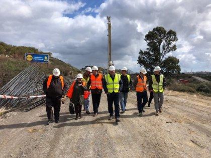 La Diputación de Cádiz supervisa obras viales de Los Barrios que se financia parcialmente con el Plan Invierte