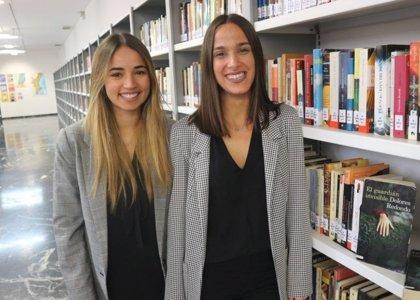 """Dos estudiantes valencianas crean una app que permite al lector """"sumergirse"""" en sus libros favoritos"""