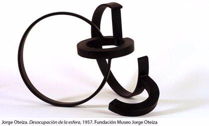El Reina Sofía y la Fundación Jorge Oteiza presentan un catálogo que analiza 2.700 obras del escultor vasco