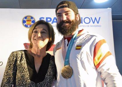 El COE reconoce los bronces de Javier Fernández y Regino Hernández en PyeongChang 2018