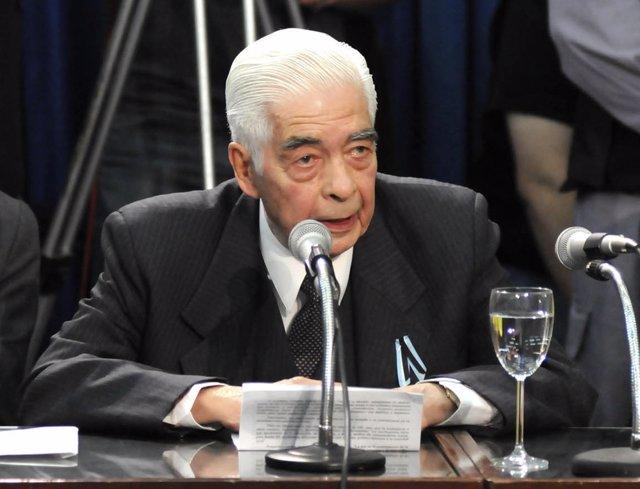 El ex represor argentino Luciano Benjamín Menéndez