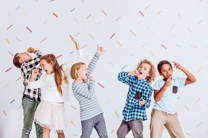 Niños ruidosos, cómo educar para no molestar