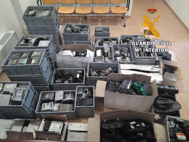 Material robado y recuperado por la Guardia Civil.