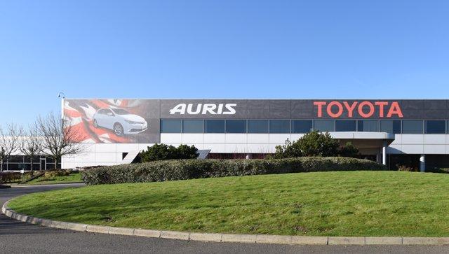 Producción del Auris en Burnaston (Reino Unido)