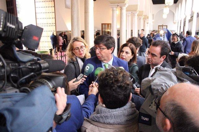 Marín, durante la atención a los medios