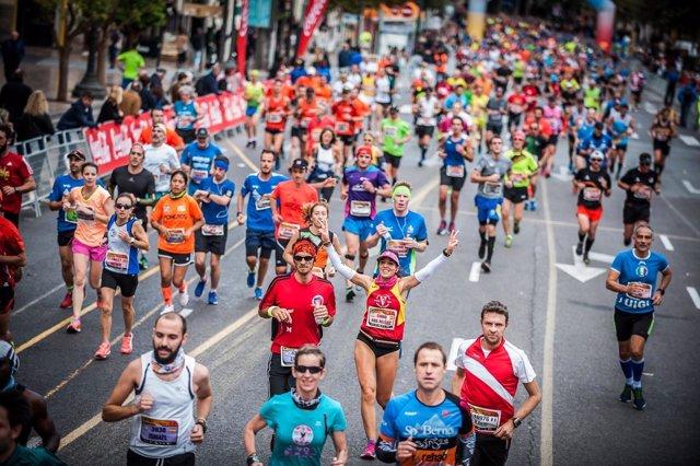 Imagen del Maratón Valencia Trinidad Alfonso 2016