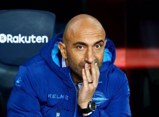El entrenador del Deportivo Alavés, Abelardo Fernández
