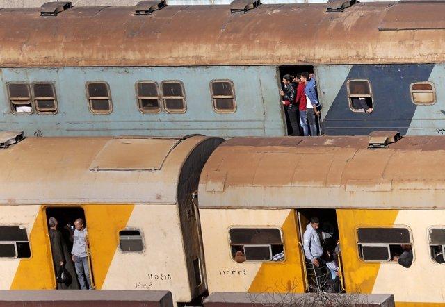 Viajeros de un tren en El Cairo, Egipto
