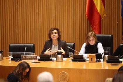 Sanidad y las comunidades autónomas debaten mañana un nuevo reglamento de adopción internacional