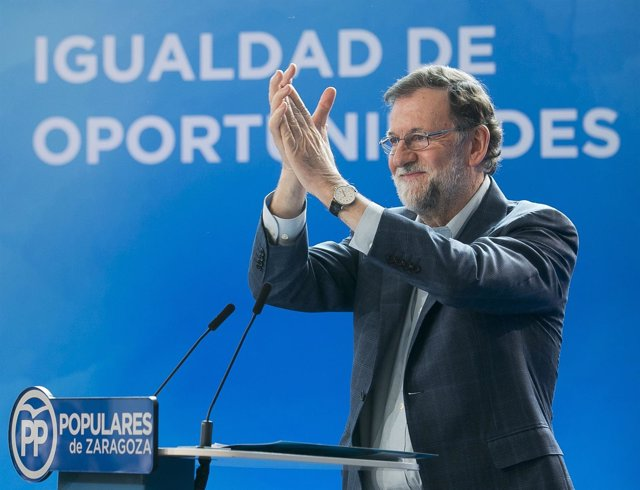 El presidente del Gobierno, Mariano Rajoy, en Zaragoza