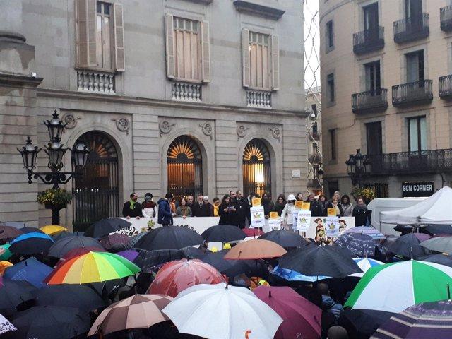 Concentración de Somescola por el modelo educativo de Catalunya