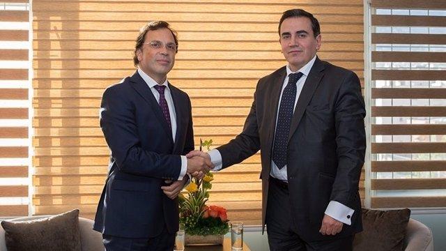 El embajador Rubén Darío Giustozzi y el vicecanciller Rolando Suárez