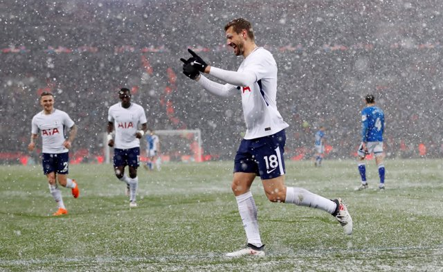 El Tottenham accede a cuartos de la FA Cup con 'hat-trick' de Fernando Llorente