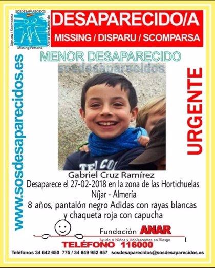 Sucesos.-Los padres del niño desaparecido en Níjar dicen que el menor conoce la zona y no suele salir al monte