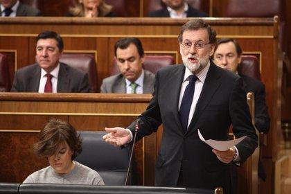 """Rajoy está """"de acuerdo con la reivindicación"""" de la huelga feminista pero cree que se aporta """"más a la causa"""" trabajando"""
