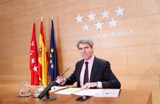 Notas, Fotografías Y Audios (De Ángel Garrido), De Consejo De Gobierno