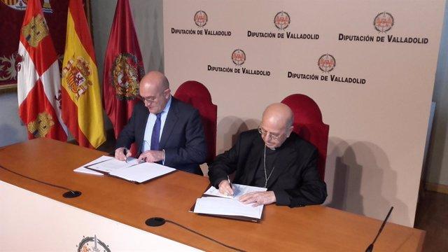 Carnero y Blázquez firman la renovación del contrato