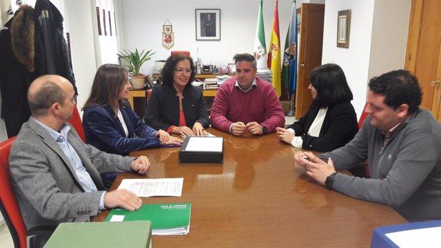 Responsables de la Junta se reúnen por la licitación de un CEIP en Viator