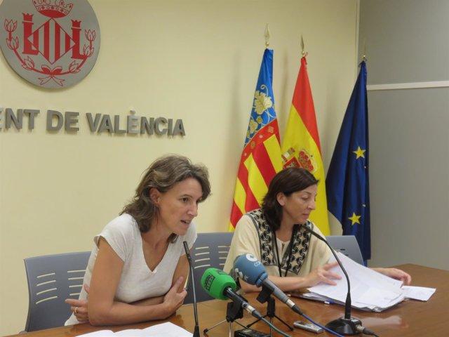 Maria Oliver en rueda de prensa