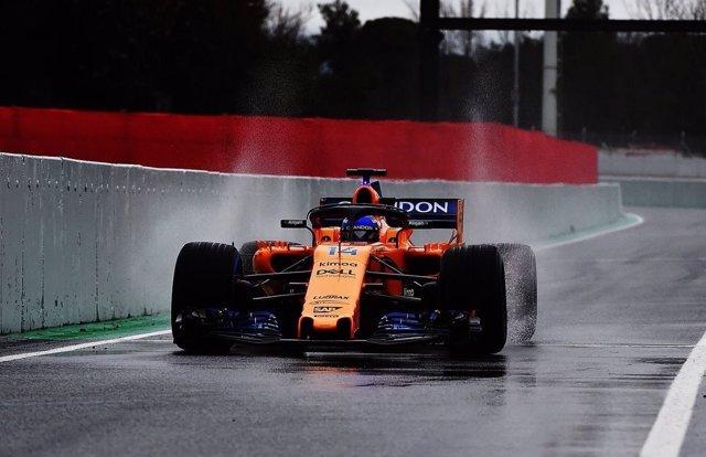 Fernando Alonso (McLaren) en el Circuit de Catalunya