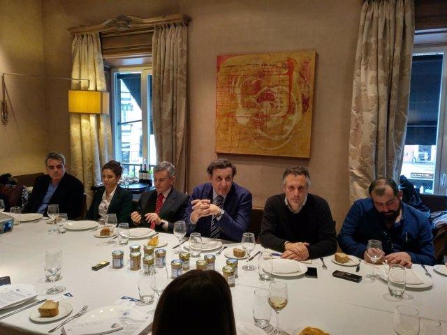 Representantes de OPAGAC y WWF presentan los resultados del FIP