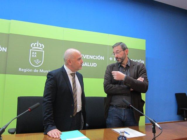Asensio López, A La Derecha,Durante La Rueda De Prensa