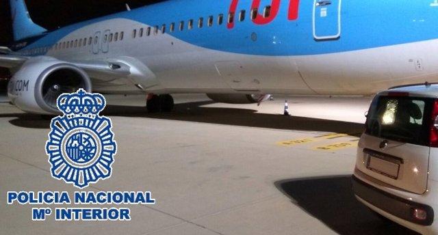 Policía Nacional Nota De Prensa (La Policía Nacional Detiene En El Aeropuerto De