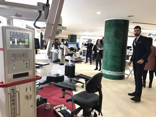 Exposición con nuevos sistemas quirúrgicos y de diagnóstico y medicamentos