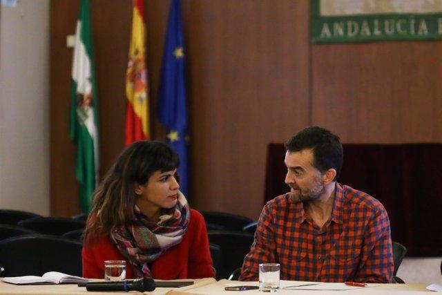 Teresa Rodríguez y Antonio Maíllo durante una reunión