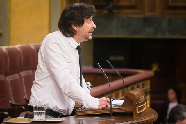 El diputado de Unidos Podemos Rafa Mayoral, en el Congreso