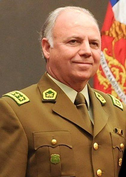 Imputan por corrupción al exdirector de Carabineros de Chile