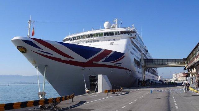 Crucero en Santander. Cruceristas. Turismo