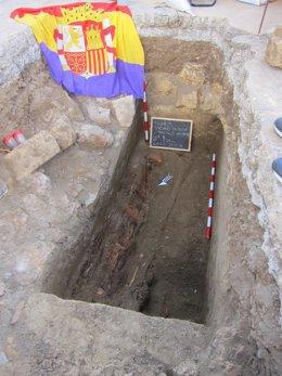 Fosa común abierta en el cementerio de Almería