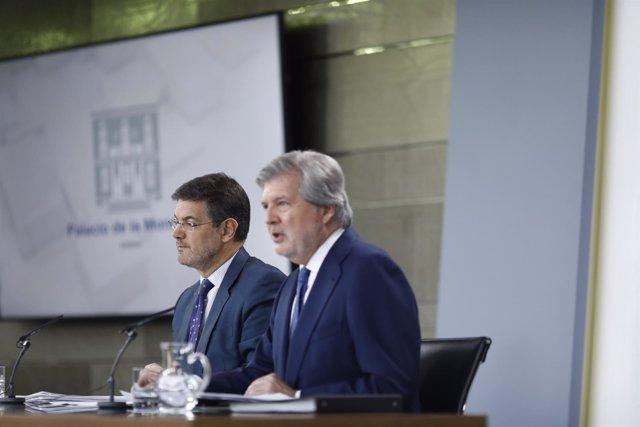 Rueda de prensa de Iñigo Méndez de Vigo y Rafael Catalá tras el Consejo