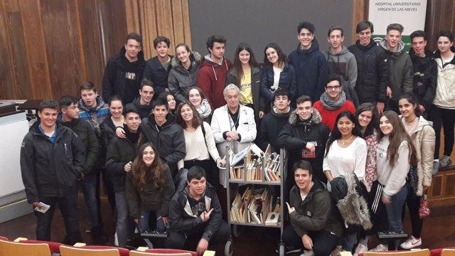 Alumnos conocen el proyecto de fomento de la lectura del Virgen de las Nieves