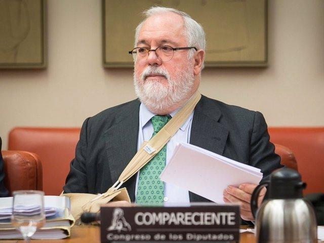 El comisario de Energía y Clima Miguel Arias Cañete en el Congreso