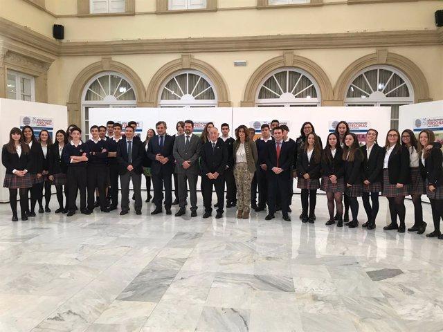 Los Colegios Altaduna y Saladares celebran su 25º aniversario en Diputación.