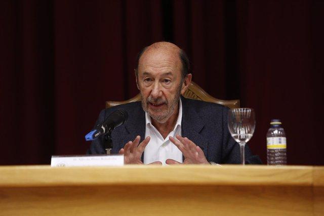Alfredo Pérez Rubalcaba, en Granada