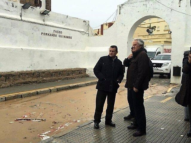 Sanz valorando daños por el temporal en Cádiz