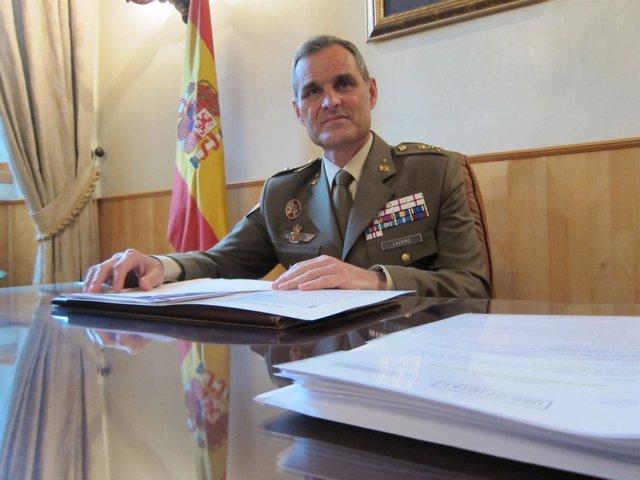 El general jefe de la BRI X, Aroldo Lázaro