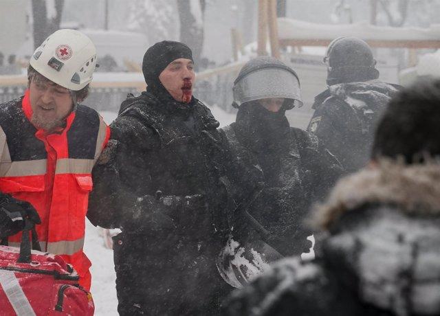 La Policía ucraniana desmantela el campo de protesta de Saakashvili en Kiev
