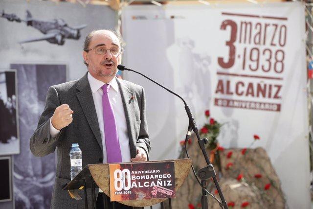 Javier Lambán este sábado en el aniversario del bombardeo de Alcañiz.