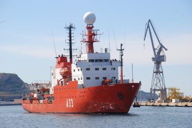 Buque de Investigación Oceanográfica Hespérides